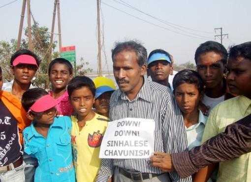 mumbai_human_chain_20090301_002